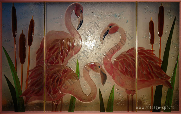 Flamingo. Sintering of colored glass. Fusing.